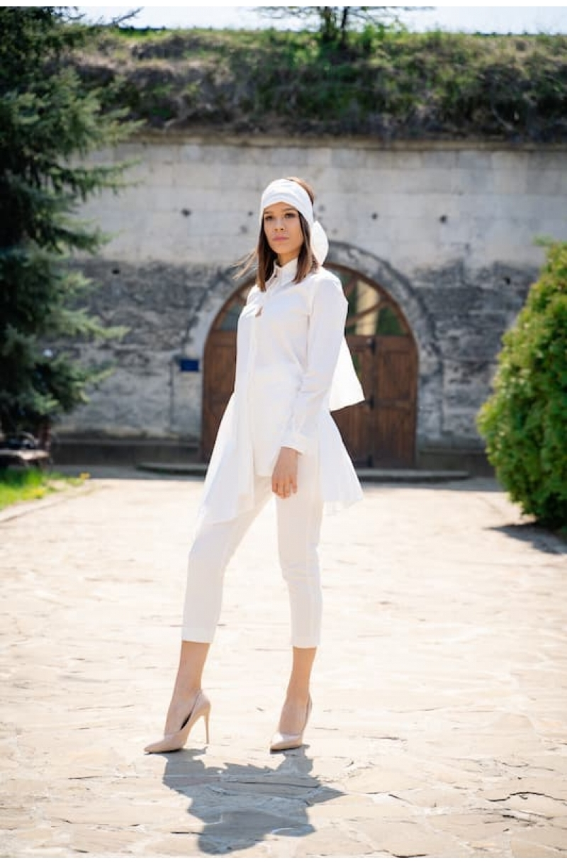 Asymmetric white cottonshirt