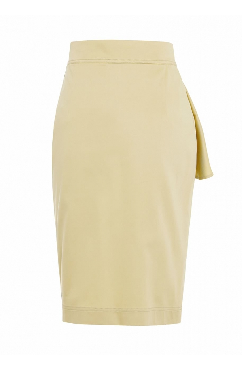Fitted mid-lenght skirt with high waist in beige