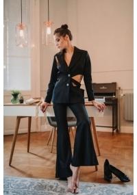 Черен панталон с висока талия и разкроени крачоли
