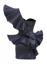 Черна къса вталена рокля с ламе и воали