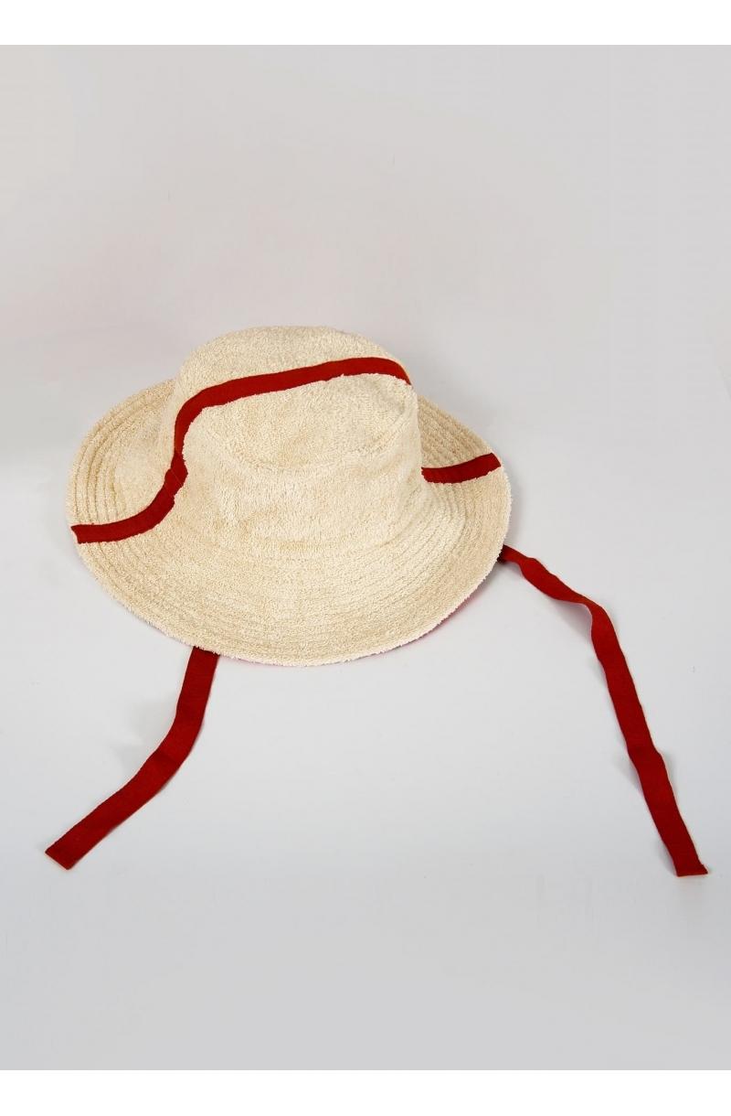 Шапка от хавлиен плат с периферия в прасковен цвят