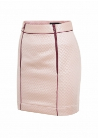 Short skirt with plastic zippers in pink color