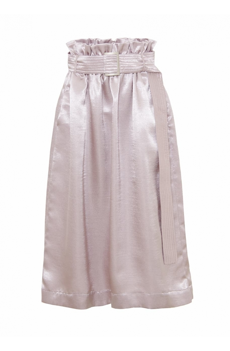 Falda de raso de largo medio y cintura alta